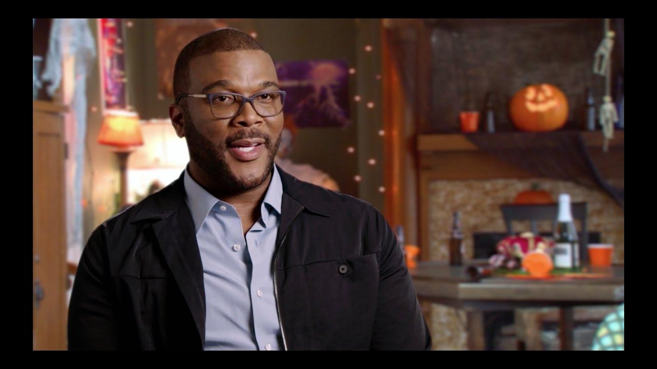 Boo! A Madea Halloween - Cast Interviews (2016 Tyler Perry Movie ...