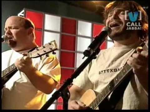 TENACIOUS D -tribute (introduccion  Chop Suey Cover System Of A Down)