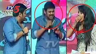 manchu-manoj-warning-to-anasuya-on-stage-for-insulting-sri-vidyanikethan-students-tv5-news