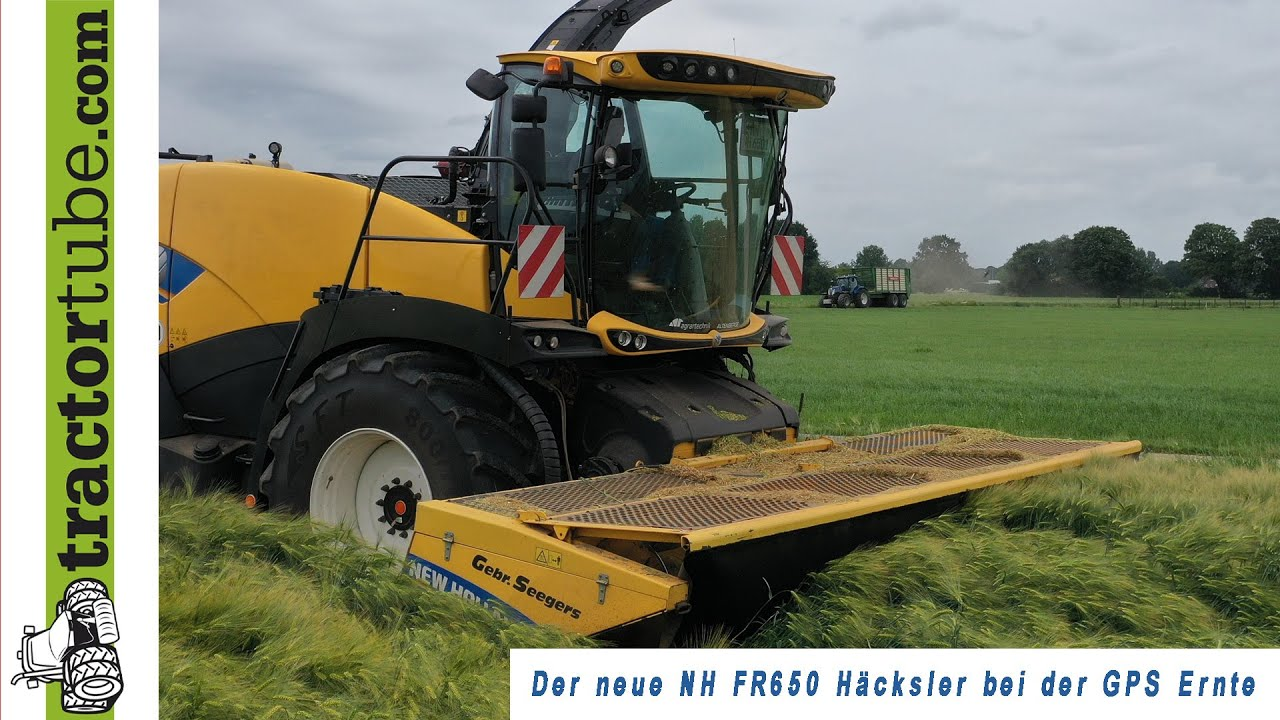Neuer New Holland Feldhäcksler FR650 beim GPS häckseln durch LU Seegers im Einsatz