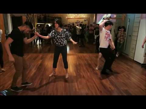 Maxi & Nahir Bachata Social dance in Hongdae, Korea