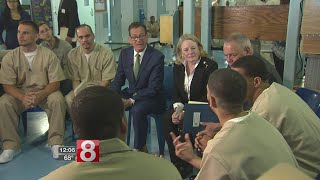 Malloy hosts criminal justice conference at Cheshire prison
