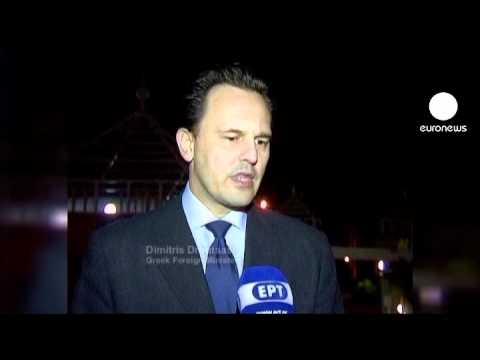Gaddafi sends envoy to Greece