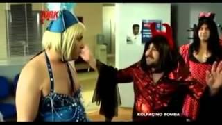 kolpaçino bomba dans sahnesi