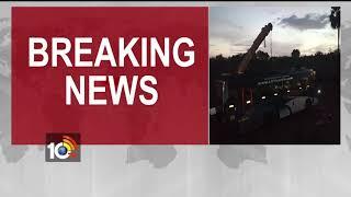 Hyderabad To Chirala Travel Bus Road Accident | Update News | Nalgonda | 10TV