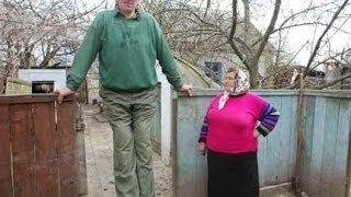 Top 10 Tallest People Who Ever Lived on Earth