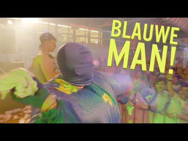 PRANKSTER PODIUM CRASHEN in BLAUW PAK en FORTNITE dansjes met ROYALISTIQ | DYTG 2018