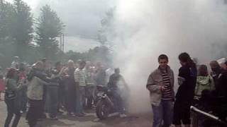 Zlot Polanów 2009 - Palenie Gumy