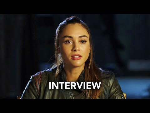 The 100 Season 5 - Lindsey Morgan Interview (HD)