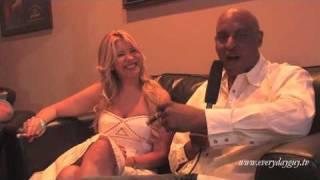 EGTV - An Interview with Annia Vazquez (Giralda Cigars) at Origins Cigars