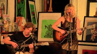Anais Mitchell - Cosmic American, live @ No Alibis Bookstore, Belfast 2nd June 2011