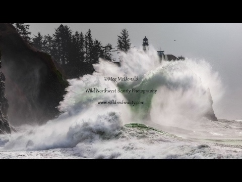 Incredible Stunning Massive Pacific Ocean Waves at Cape Disappointment (clear, bright 1080p HD)