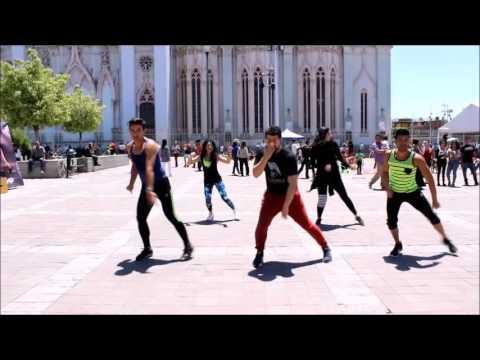 """Reggaeton - """"Desde esa noche"""" Thalia ft Maluma. Ulises Spartacus (zumba)"""