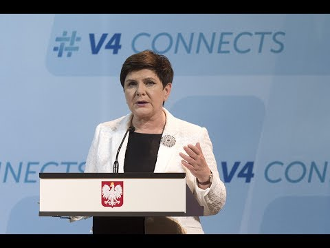 Beata Szydło after the meeting of the PM of the Visegrád Group and Israel [English subtitles]