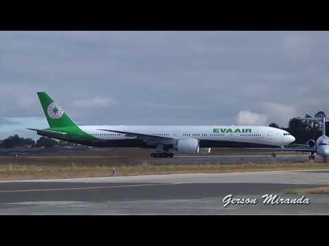 Boeing 777-300 Landing At La Aurora Intl GUA