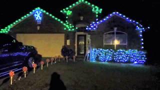 Świąteczne dekoracje domów w USA - Boże Narodzenie w USA  - ŻYCIE W USA