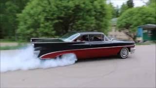 1959 Pontiac burnout