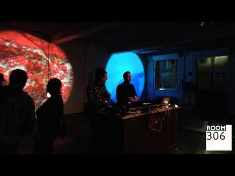 Umlaut & Die Welle @ Glow Music X ROOM 306 (30/01/2015)