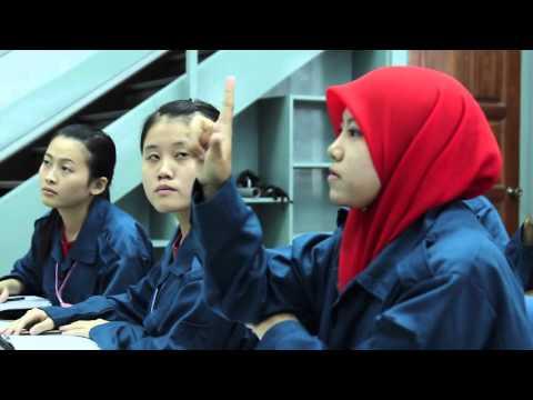 Video Korporat Politeknik Ungku Omar  English Version