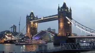 Развод Тауэрского Моста в Лондоне