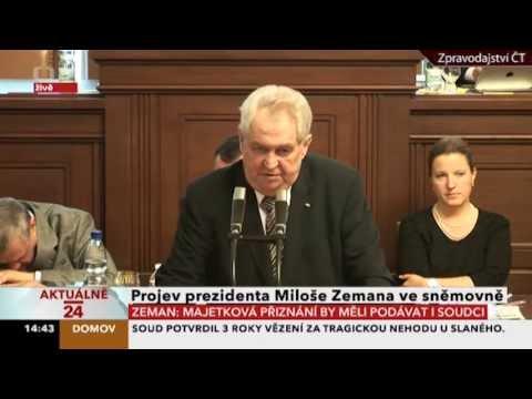 Prezident Miloš Zeman propálil svým zrakem tvrdě spícího Karla Schwarzenberga