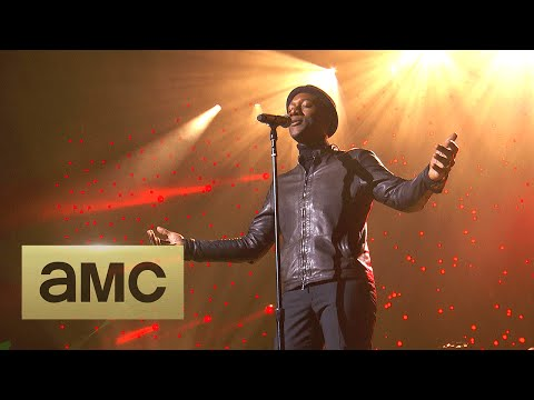 Aloe Blacc Performs