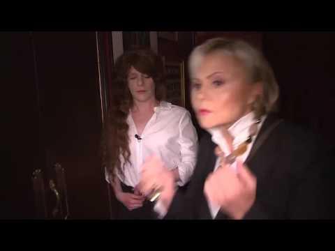 Alex Lutz et Muriel Robin, les ouvreuses des Molières // Version intégrale