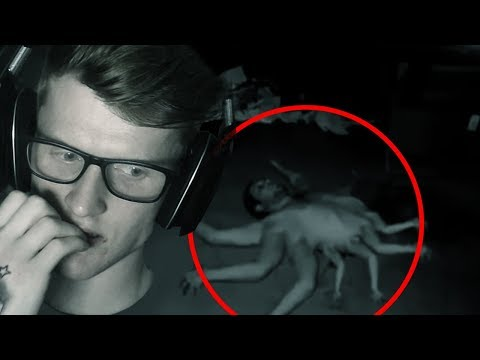 DISTURBING VIDEOS FROM THE DEEP WEB (REACTION)