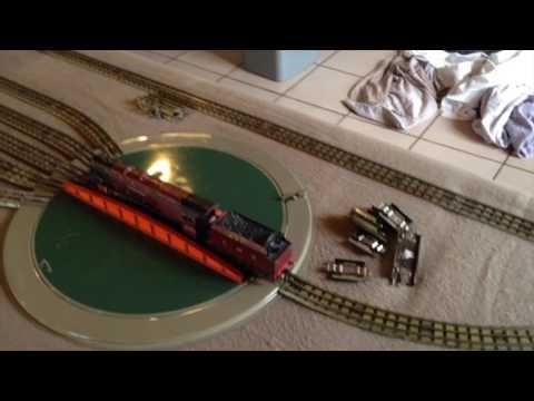 Hornby-Dublo 3 rail 2016 Let's play trains.