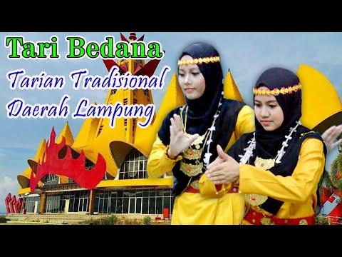 Tari Bedana Santri Putri PPDU Lampung Tengah