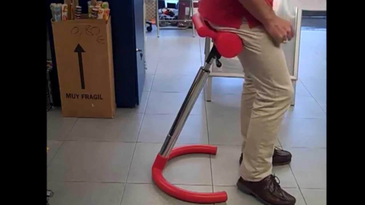 Como utilizar la silla para trabajar de pie youtube for Sillas comodas para trabajar