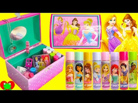 fef15cee3f61 Hello Kitty MEGA Cosmetics Set and Surprises