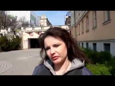 Bezdomovkyně Jarka a ucelená teorie o pankosmické spermii