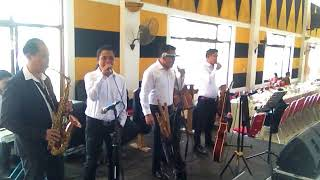 Gambar cover Nirwana Trio -Huhaholongi do ho live perform