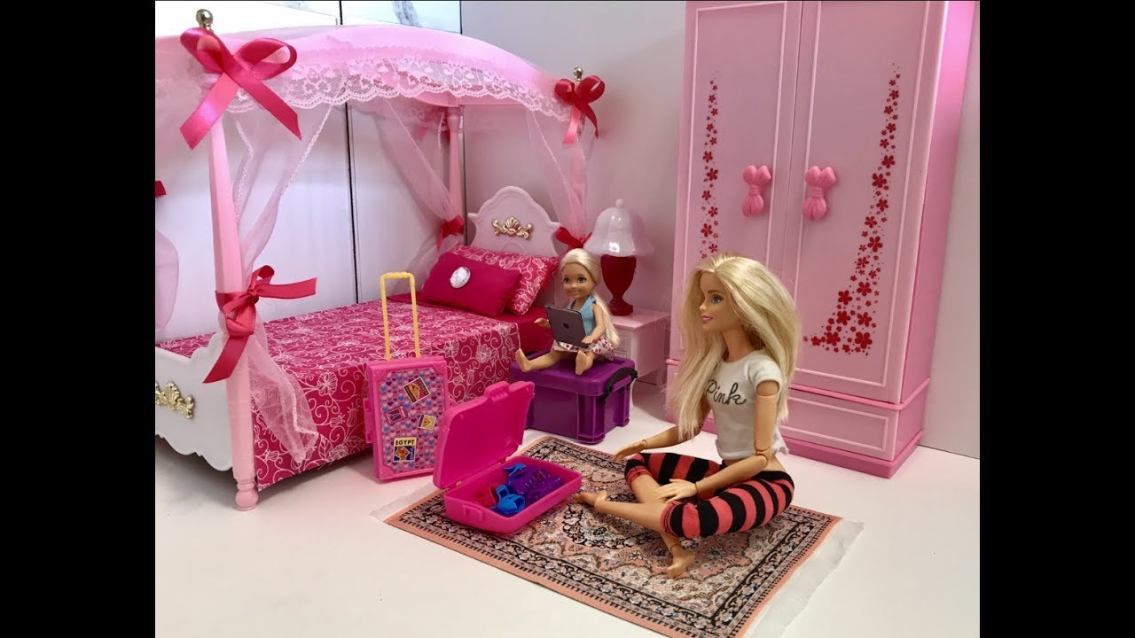Awesome Barbie Bedroom Morning Routine With Chelsea!