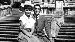 the most beautiful couple of the cinema: audrey hepburn and gregory peck Thumbnail