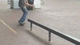 skating at the brooklyn banks
