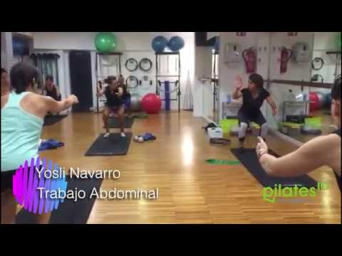 Ejercicio de trabajo abdominal en Pilates Mat