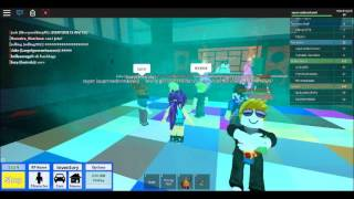 party in my roblox thats a pry