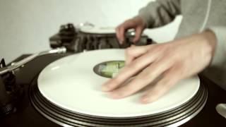 Teledysk: Dj Flip - Black & White Scratch (prod. Dj Flip)