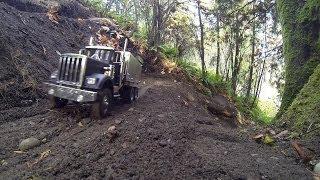 JRP RC - Building Road Part 1 With The 6X6 King Hauler Dump Truck