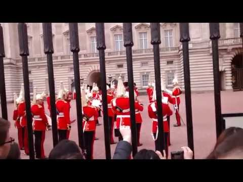 Troca de guarda no Palácio de Buckingham | Changing the Guard at Buckingham Palace