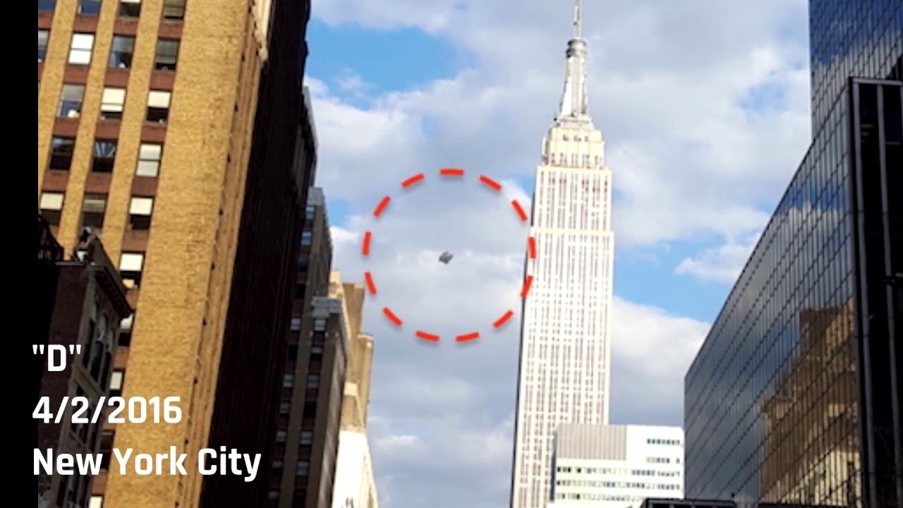 New York City Ufo Captured By Tourist Near Empire State Building You
