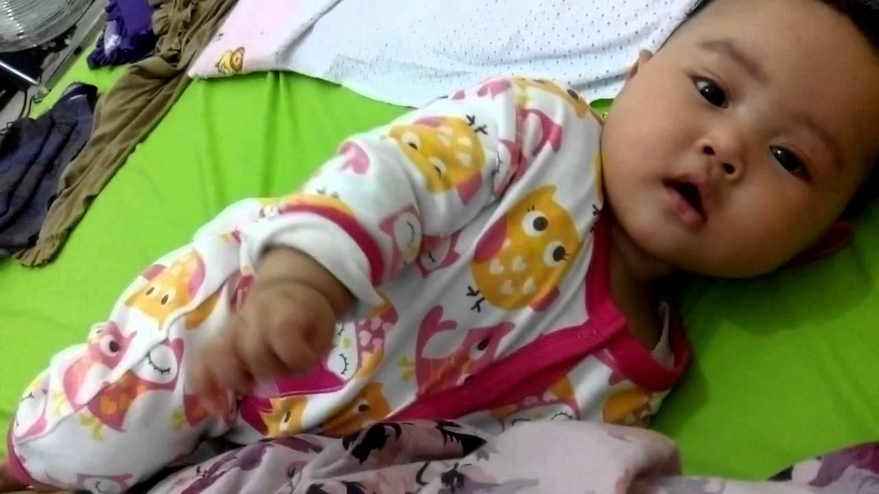 perkembangan bayi usia 5 bulan