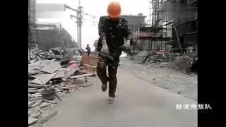 徐州民工工地大跳鬼步舞 thumbnail