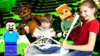 Аниматроники в Майнкрафт  Фредди вселился в Адриана ФНАФ Игры видео 5 ночей с Фредди Minecraft