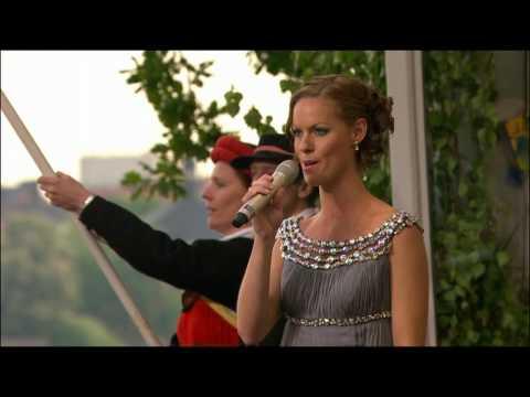 Sveriges Nationalsång 06/06/2010