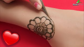 5 Minutes Small and Beautiful Mehndi Design | Easy and Fast Mehndi Design