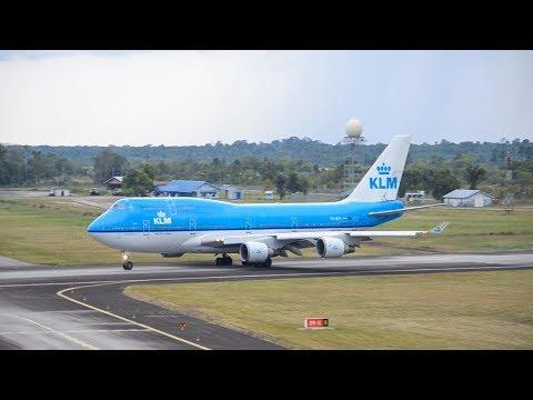 Departing Boeing 747-400 (Lima) J.A. Pengel KLM714