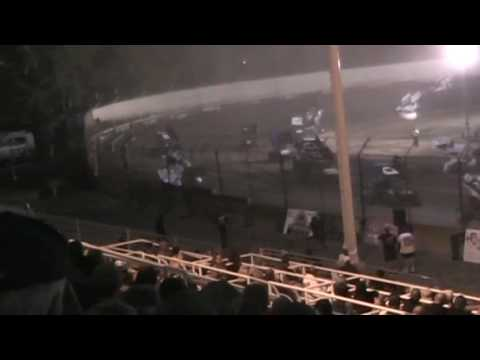 Sprint Car Crash @ Tulare Thunderbowl Raceway 10/20/16